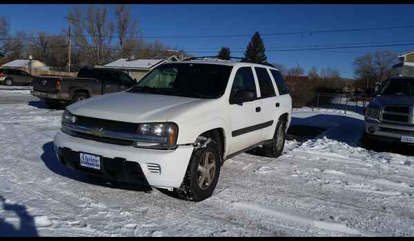 2005_Chevrolet_TrailBlazer-14525484480.jpg