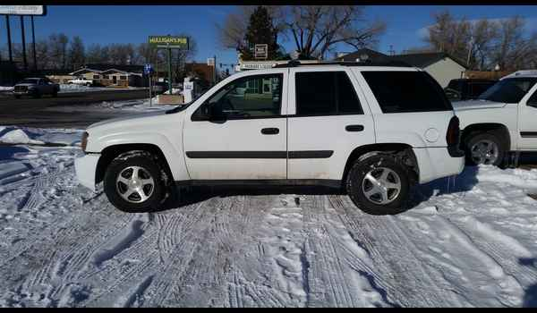 2005_Chevrolet_TrailBlazer-14525484481.jpg