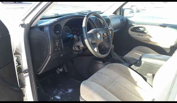 2005_Chevrolet_TrailBlazer-14525484486.jpg