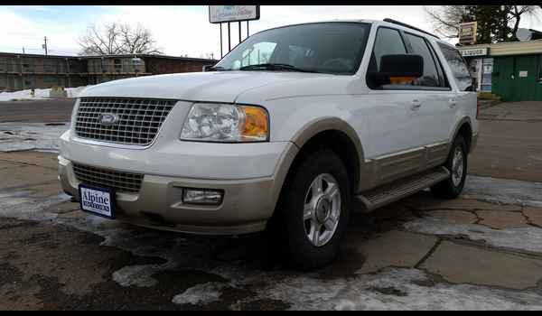2005_Ford_Expedition_Eddie_bauer-14859011900.jpg