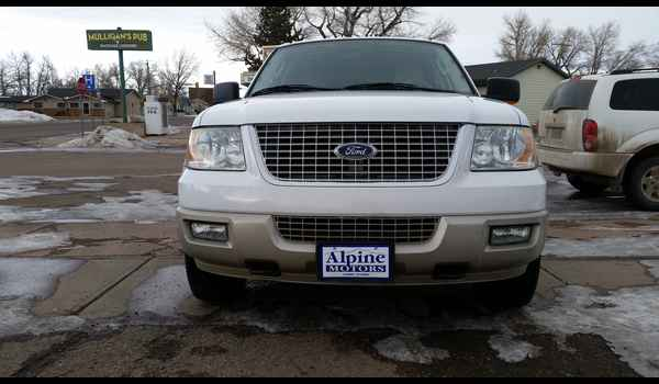2005_Ford_Expedition_Eddie_bauer-14859011901.jpg