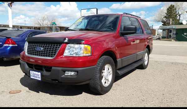 2005_Ford_Expedition_XLT-14604808780.jpg