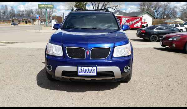 2006_Pontiac_Torrent_AWD-14604839732.jpg