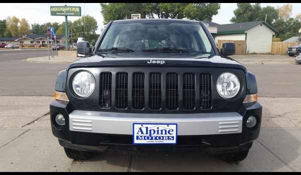 2007_Jeep_Patriot_Limited-14429593041.jpg