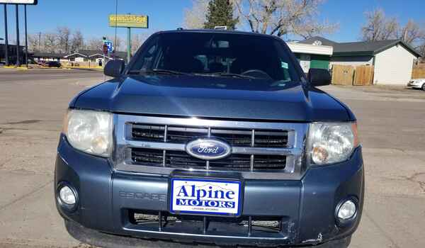 2010_Ford_Escape_XLT_AWD-16043456371.jpg