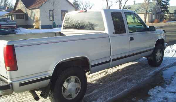 96 Chevy PU-RGHT-REAR-182597.JPG