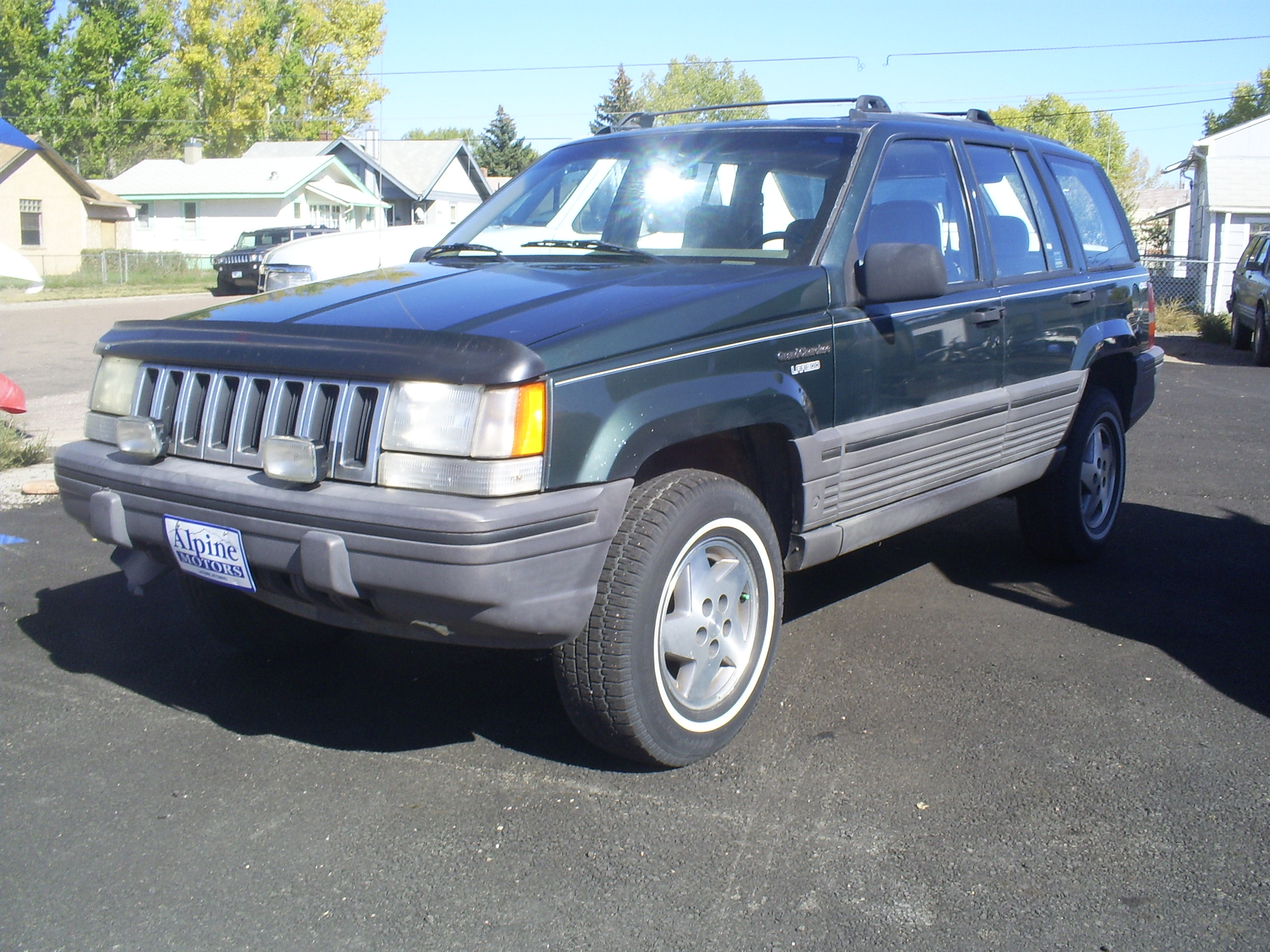 1995 jeep grand cherokee laradeo at alpine motors. Black Bedroom Furniture Sets. Home Design Ideas