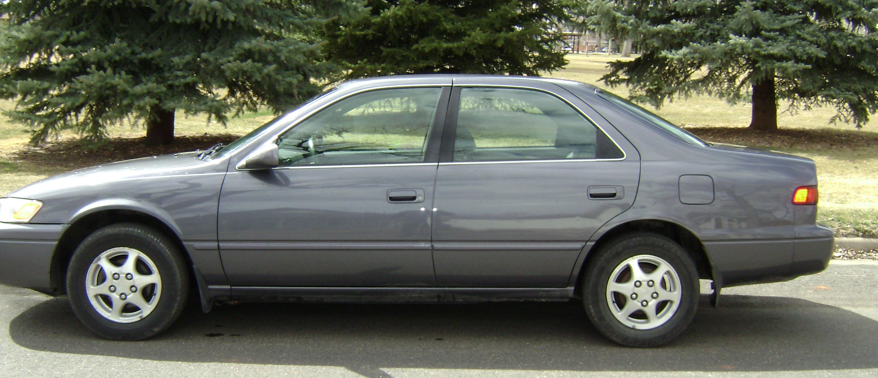 1997 Toyota Camry Le 134142 At Alpine Motors