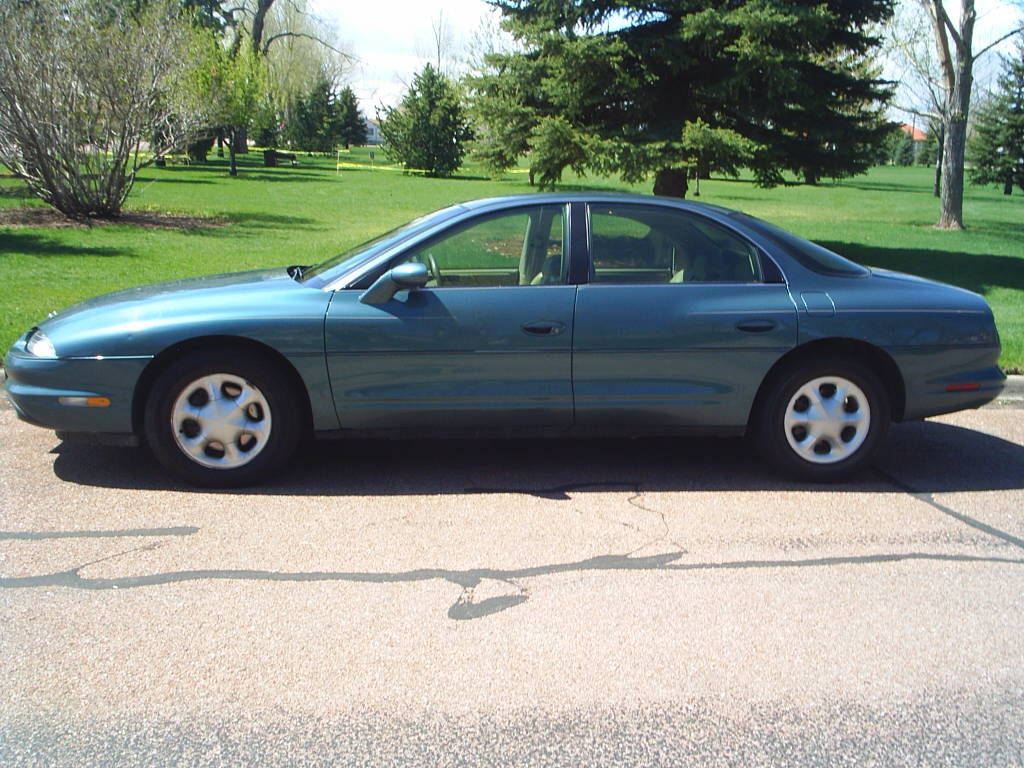 1998 oldsmobile aurora at alpine motors. Black Bedroom Furniture Sets. Home Design Ideas